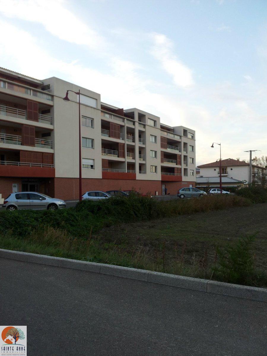 Offres de location Appartement Entraigues-sur-la-Sorgue 84320